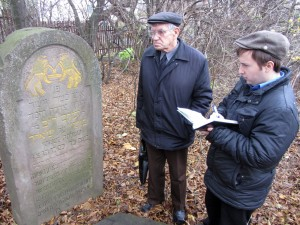 Jeremy translating headstones at the new Jewish cemetery in Rohatyn