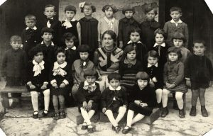 Hebrew school kindergarten class in Rohatyn, 1937