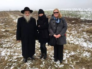 Rabbi Kolesnyk, Marla, and Jennifer