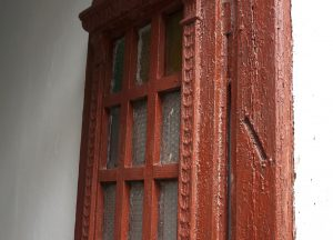A mezuzah trace in a Pidhaitsi door frame